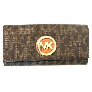 Large Michael Kors Wallet